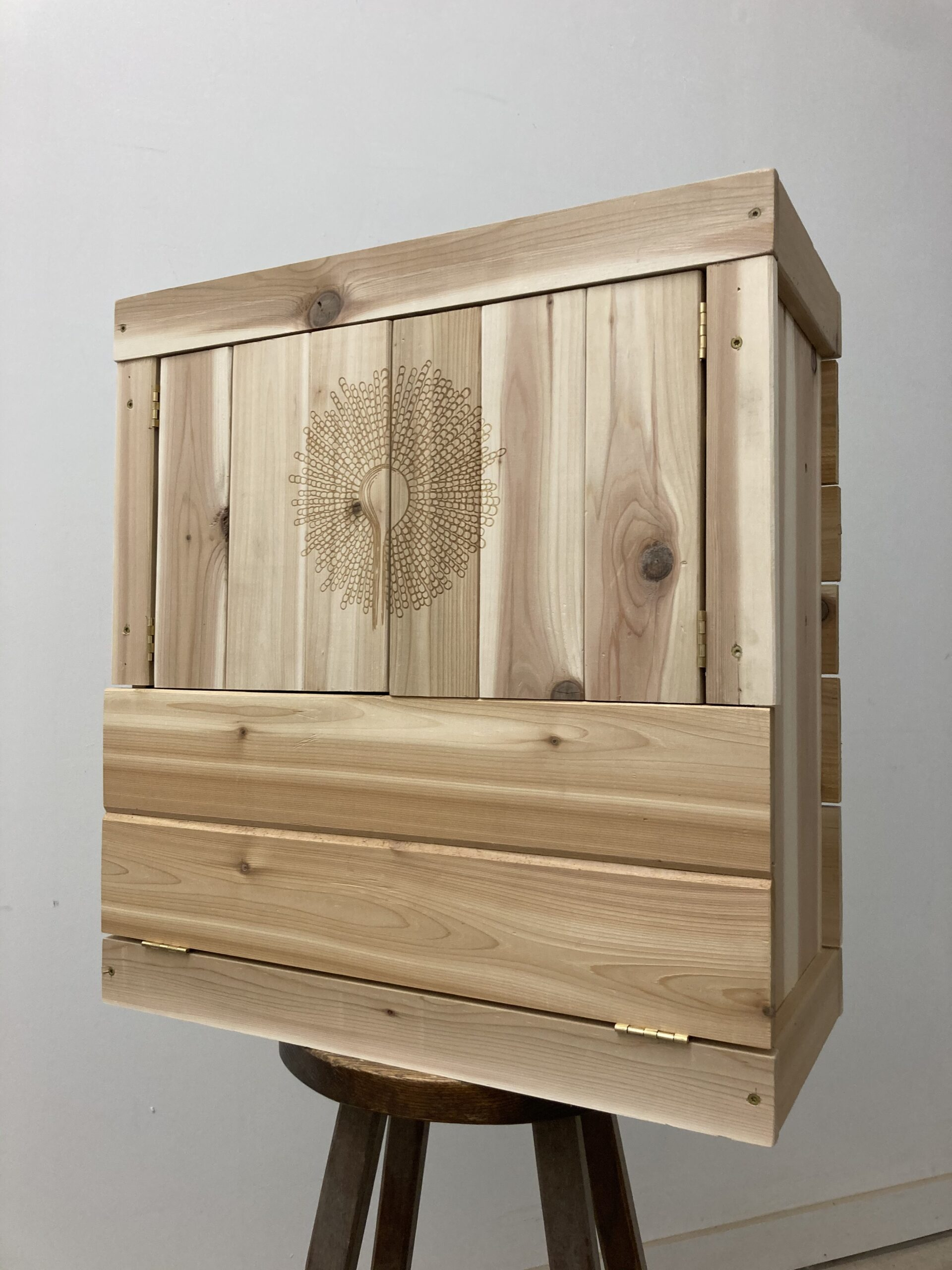Muro Cabinet with doors closed